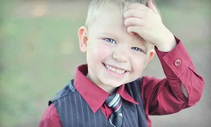 Robyn Blasi Photography - Southington: $59 for a 30-Minute On-Location Photo Shoot for Up to Six with Image CD from Robyn Blasi Photography ($200 Value)