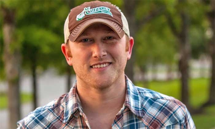 Extreme Bulls & Broncs with Cole Swindell in Concert - Cincinnati Gardens: $27 for One Ticket to an Extreme Bull-Riding Event and Cole Swindell Concert on Saturday, February 7 ($49.71 Value)