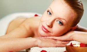 La Rosa del Deserto: Seduta di bellezza per viso e corpo con ceretta più massaggio e scrub (sconto fino a 80%)