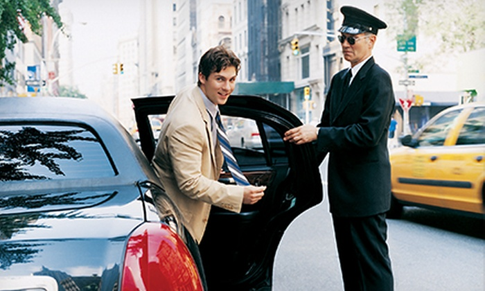 United Limousine DFW - Flower Mound: $101 for $225 Worth of Chauffeur Services at DFW Limozn