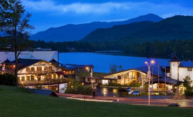 Lakeside Resort In Adirondack Mountains