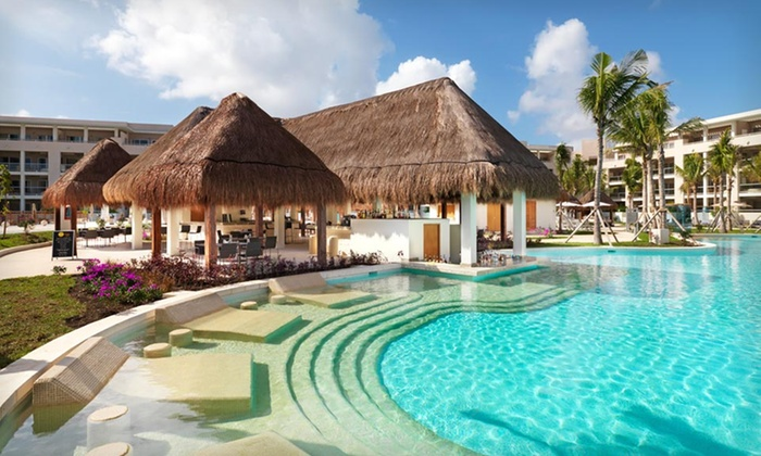 Paradisus Playa del Carmen La Esmeralda - Playa del Carmen: 4- or 7-Night All-Inclusive Stay for 2 with Drinks, Food, and More at Paradisus Playa del Carmen La Esmerelda in Mexico