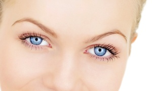 Studio Diva Salon & Spa: Brow Threading, Waxing, Tinting, or Lash Extensions at Diva Salon and Spa (Up to 60% Off). Three Options Available.