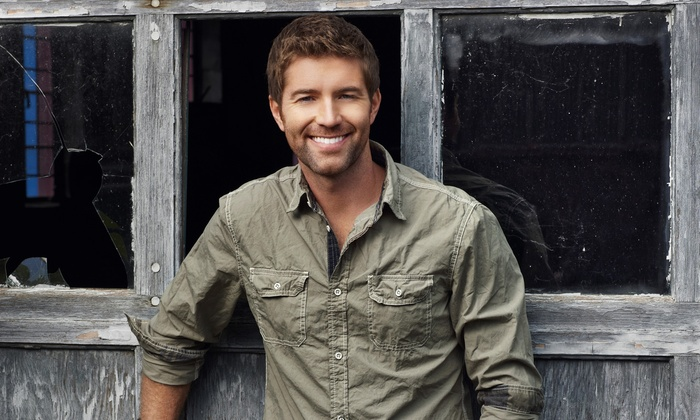Josh Turner - Milwaukee Theatre: Josh Turner at Milwaukee Theatre on Friday, August 21, at 8 p.m. (Up to 61% Off)