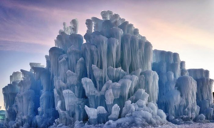 Ice Castle At Loon Mountain Ice Castles New Hampshire