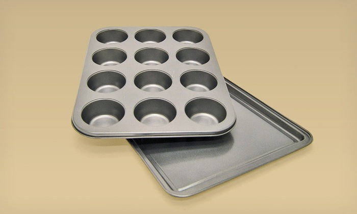 Starfrit 2-Piece Bakeware Set: Starfrit 2-Piece Bakeware Set with Muffin Pan and Cookie Sheet.