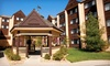 Lodge Of The Ozarks - Branson, Missouri : Stay with Daily Lunch or Dinner Voucher at Lodge Of The Ozarks in Branson, MO. Dates into November Available.