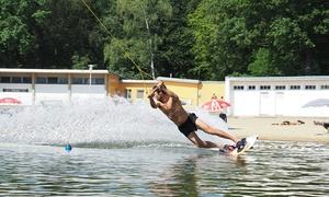 Strandbad Jungfernheide: 1x od. 2x Tageskarte für Wasserski oder Wakeboard inkl. Eintritt in das Strandbad Jungfernheide