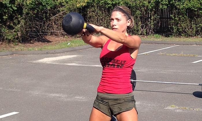 Crossfit KMK - Fairfield: One Month of CrossFit Classes or CrossFit Beginner's Package at Crossfit KMK (Up to 61% Off)