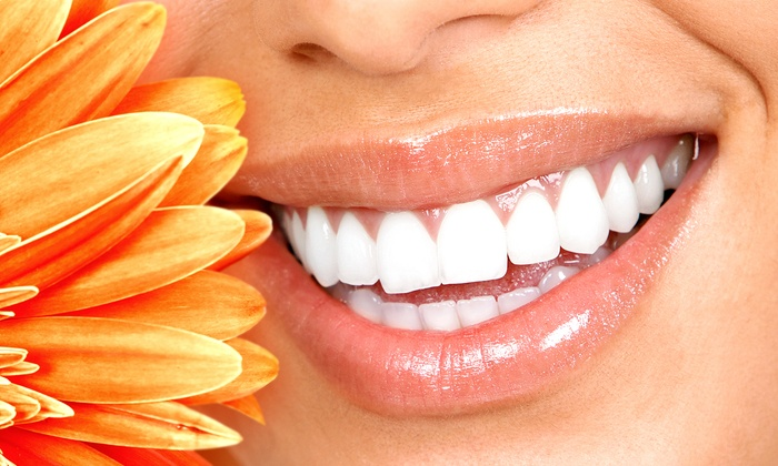 Eastern Virginia Medical and da Vinci Spa - Virginia Beach: $35 for a 30-Minute Teeth-Whitening Session at Eastern Virginia Medical Spa ($159 Value)
