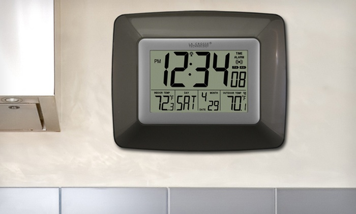 Atomic Clock with Temperature Display: $19.99 for a La Crosse Technology Atomic Clock with Temperature Display ($34.95 List Price). Free Shipping and Returns.