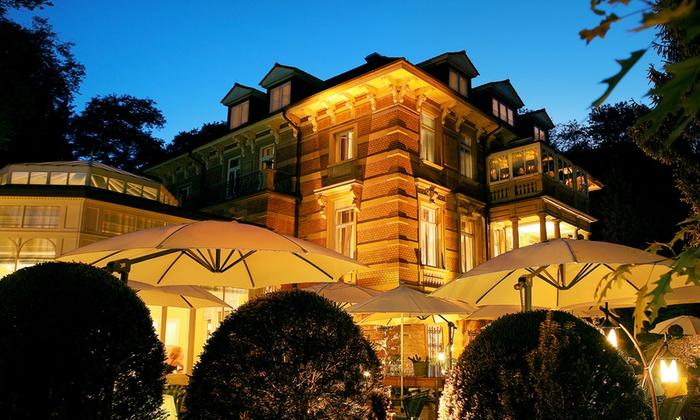 5 sterne luxus villa in baden groupon. Black Bedroom Furniture Sets. Home Design Ideas