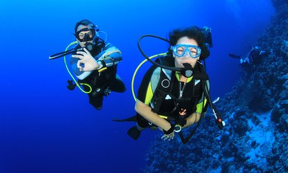 $249 (Plus $199 E-Learning Fee) for a 3-Day PADI Open Water Diver Course with 6 Bonus Dives at Scubanautics ($939 Value)