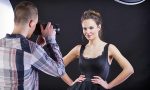 Wide Foto Studio: Shooting fotografico in studio da Wide Foto Studio (sconto fino a 88%)