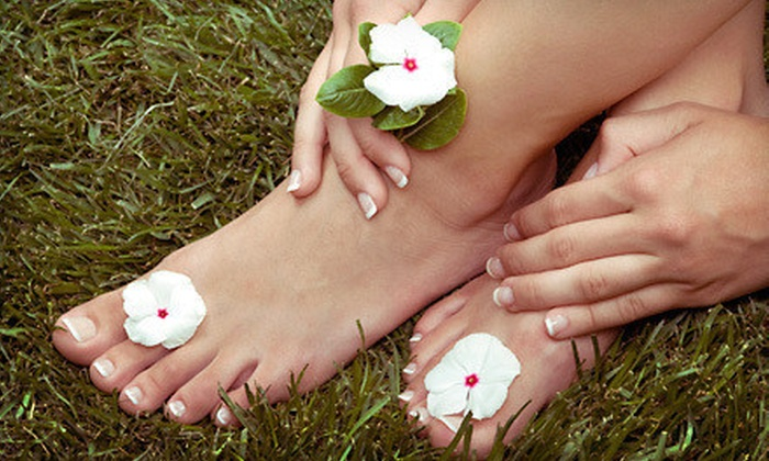 Paradise Cosmetic MedSpa - San Antonio: Laser Nail-Fungus-Removal Treatment for One or Both Feet or Hands at Paradise Cosmetic MedSpa (Up to 75% Off)