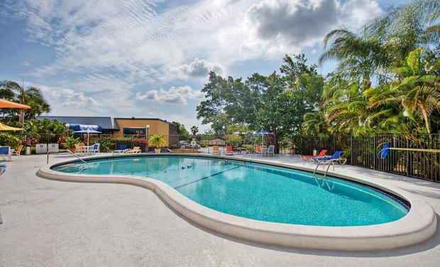 Inn at Boynton Beach - Boynton Beach, FL: Stay at Inn at Boynton Beach in Greater Palm Beach, FL, with Dates into December