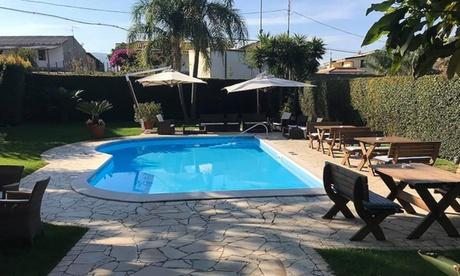 Calabria: fino a 7 notti con pensione completa per 1 persona all'Hotel Gullo