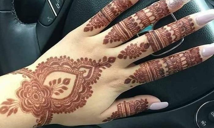 Henna Tattoo What Is It: Medium Henna Tattoo - Marvi Threading