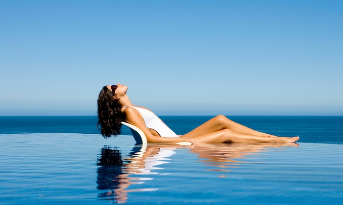 Tanaholix - West Hollywood: $24forOne Month of Unlimited UV Tanning at Tanaholix ($49Value)