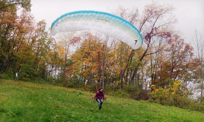 Pittsburgh Paragliding - Pittsburgh: Introductory Paragliding Class on a Weekday or Weekend for One or Two at Pittsburgh Paragliding (Up to Half Off)