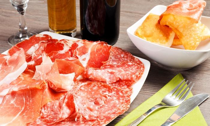 Trattoria Del Volt - Trattoria del Volt: Cena con gnocco fritto in formula illimitata, tagliere di salumi e vino da 19,90 €