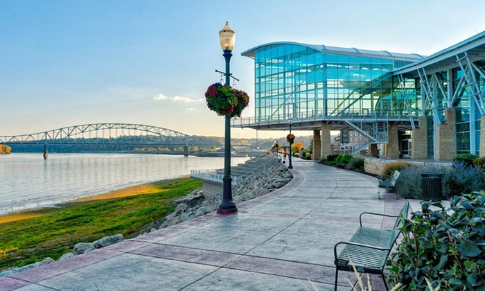 The Dubuque Travel Guide is a valuable resource filled with full-color photography and insightful information that depicts a wide variety of Dubuque area experiences and local business information.