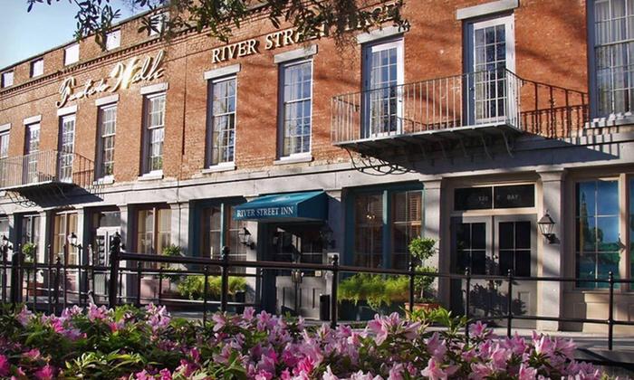 Riverside Hotel In Savannah Historic District