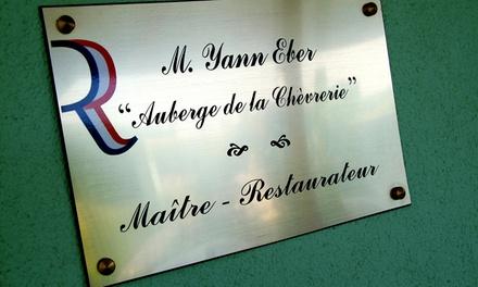 Menu pour 2 convives servi en 4 metspar personne à 89 € au restaurant l'Auberge de la Chèvrerie