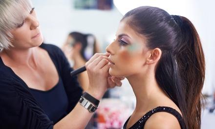 2-4 Stunden Beauty-/Make-up-Workshop inkl. Begrüßungssekt für 1 oder 2 Personen im Wellness-Studio (bis zu 62% sparen*)