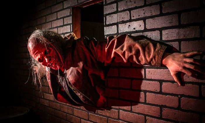 Zombie Outbreak - Aurora: $25 for a Live-Action Zombie Experience at Zombie Outbreak ($45 Value). 22 Times Available.