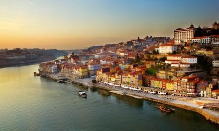 Oporto: habitación doble con vistas para 2 personas con desayuno, visita a bodega y crucero en Chic And Basic Gravity 4*