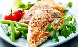 You and Me Lunch Time: Dowolne dania z menu: 15 zł za groupon wart 30 zł na całe menu You and me lunch time w Galerii Pestka
