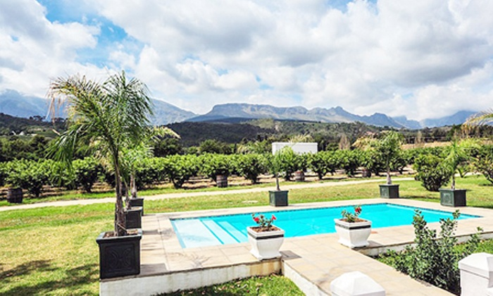 De Kleijne Bos Country House (PTY) Ltd - Paarl: Paarl: Stay for Two at De Kleijne Bos Country House