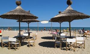 PLAYA del SOL (Sottomarina): Ingresso di coppia allo stabilimento balneare Playa del Sol con lettini, ombrellone e bibita (sconto fino a 57%)