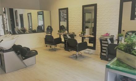 Promozione Parrucchiere Groupon.it Pacchetto hairstyle con taglio, touch therapy e trattamento a scelta al salone Il Bello delle Donne (sconto fino a 50%)
