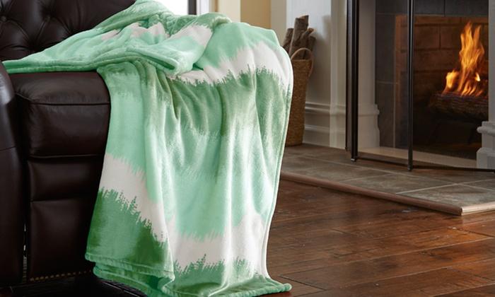 "Oversized 60"" x 70"" Luxury Ombre Flannel Throw"