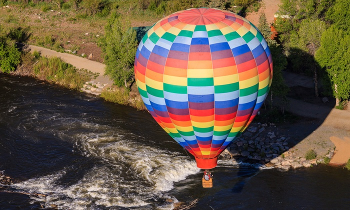 Chicago Balloon Rides - Hampshire: $199 for 3.5-Hour Hot Air Balloon Ride Experience from Chicago Balloon Rides Off ($275 Value)