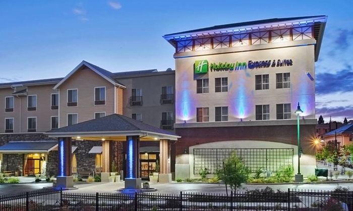 The Gold Miners Inn - Holiday Inn Express & Suites - Modesto: Stay at The Gold Miners Inn - Holiday Inn Express & Suites in Grass Valley, CA, with Dates into April