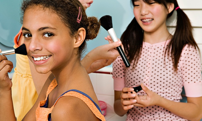 Gemz Salon - Modesto: $12 for Nail Art, Makeup, Colored-Hair Strip, Glitter Hairspray, Dress-Up, and Pink Runway at Gemz Salon ($25 Value)