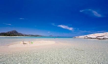 Sardegna, Villaggio Camping Torre Salinas: 3, 5 o 7 notti in villetta con mezza pensione inclusa per 2 persone