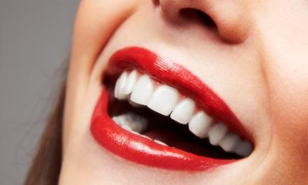 Limpieza dental con ultrasonidos y diagnóstico con opción a 1 o 2 arcadas de curetaje desde 19,95 € en Addenta
