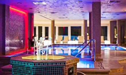 Fiuggi: Hotel Villa Ebe, fino a 3 notti in camera matrimoniale standard, colazione ed ingresso Spa per 2 persone