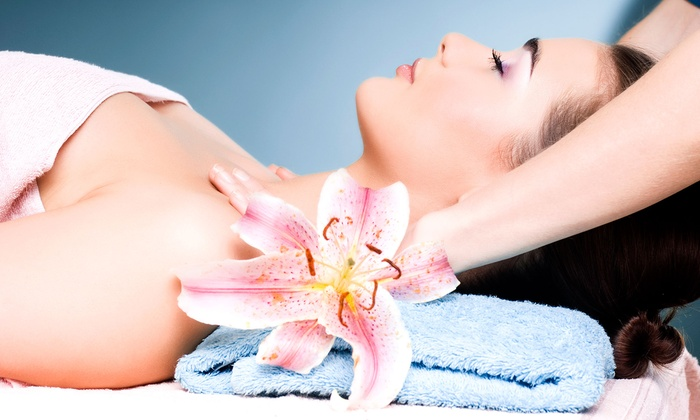 La Mer Massage - Dunwoody: 75- or 90-Minute Spa Package at La Mer Massage (Up to 58% Off)