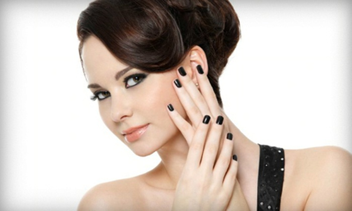 Pro Nails & Spa - West Omaha: $19 for a Shellac Manicure at Pro Nails & Spa ($45 Value)