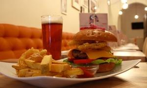 Topside Restaurant: Menu pranzo o cena con hamburger da 180 gr. a scelta più birra per 2 persone al ristorante steakhouse Topside