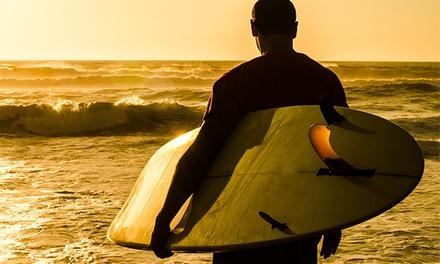 3 horas de clases de surf o bodyboard para una, dos o cuatro personas desde 19,90 €  en Tenerife