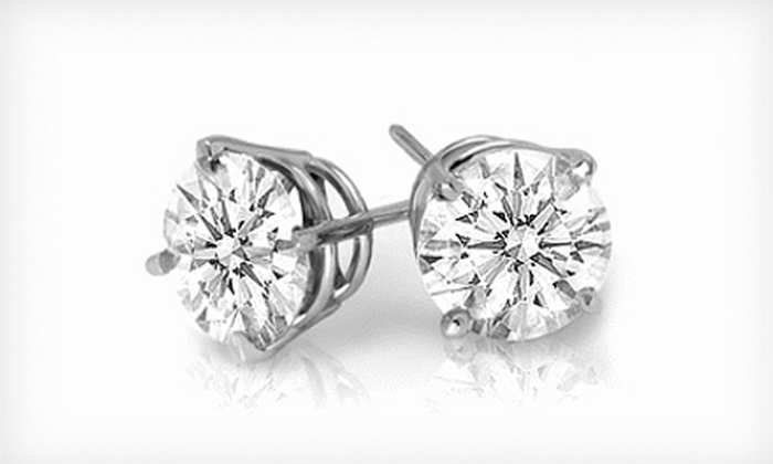 Mon Ami Jewelry - The Loop: $799 for 0.75-Carat Diamond Stud Earrings at Mon Ami Jewelry ($1,999 Value)