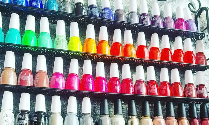 Beauty Bar Las Vegas - Beauty Bar: $29 for a Manicure with a Specialty Cocktail at Beauty Bar Las Vegas ($48 Value)