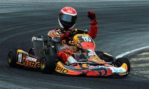 Indoor Karting Hans Sachs Ring: 1x, 2x oder 3x 11 Min. Kartfahren mit Sturmhaube, Leihhelm, Getränk bei Indoor Karting Hans Sachs Ring (bis 33% sparen*)