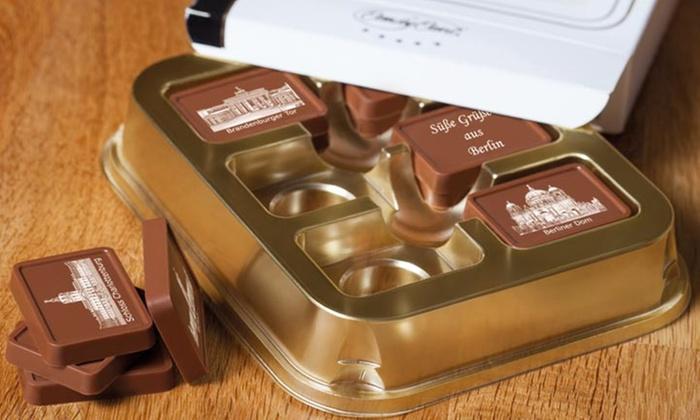 Wertgutschein über 10,90 € od. 32,70 € anrechenbar auf 1 od. 3 Schokoladengeschenkboxen mit Städtemotiven bei Candy Card